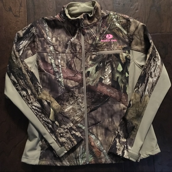 b8544446b115a Mossy Oak Jackets & Coats | Breakup Softshell Camo Jacket | Poshmark